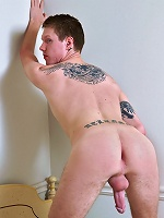 check out this hot fucking stud jerk his meat all over hot pics
